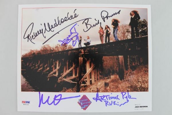 LYNYRD SKYNYRD BAND (5) SIGNED AUTHENTIC 8X10 PHOTO PYLE POWELL+ PSA/DNA