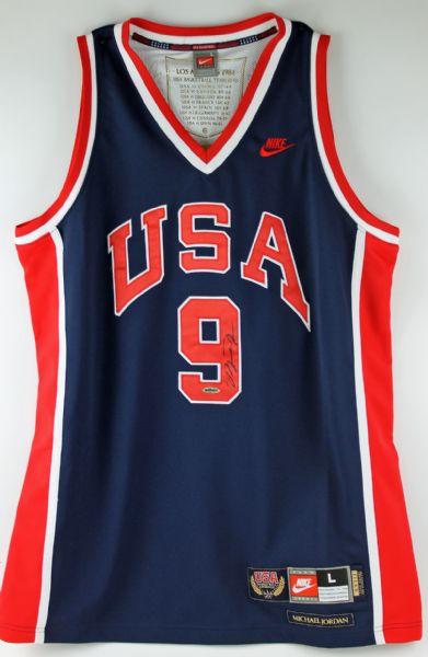 best website 017d2 4ff2d Lot Detail - Michael Jordan Signed Special Edition 1984 Team ...