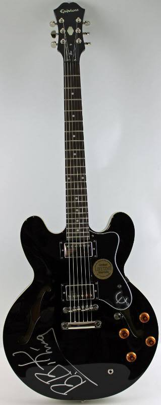 lot detail b b king beautifully signed epiphone lucille style guitar psa dna. Black Bedroom Furniture Sets. Home Design Ideas