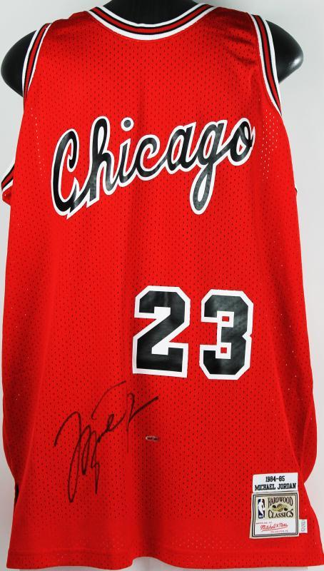 1af4b768b96 Michael Jordan Signed Mitchell & Ness 1984-85 Bulls Rookie Year Style Jersey  (UDA ...