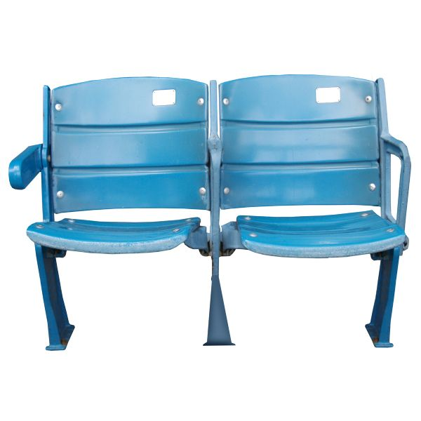 lot detail ny yankees a pair of seats from the original yankee stadium yankees steiner loa. Black Bedroom Furniture Sets. Home Design Ideas