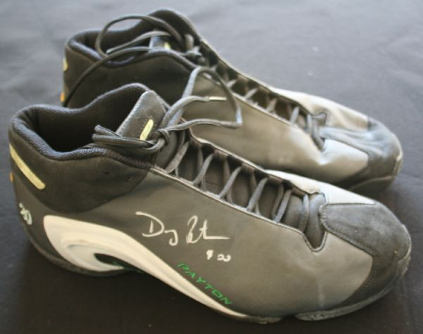 4e460d9a188 c.1999-2000 Gary Payton Game Worn   Signed Personal Model Basketball  Sneakers ...