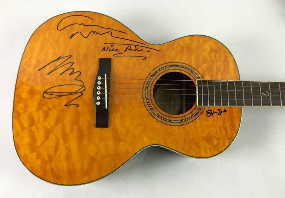 lot detail csny group signed fender acoustic guitar with neil young graham nash stephen. Black Bedroom Furniture Sets. Home Design Ideas