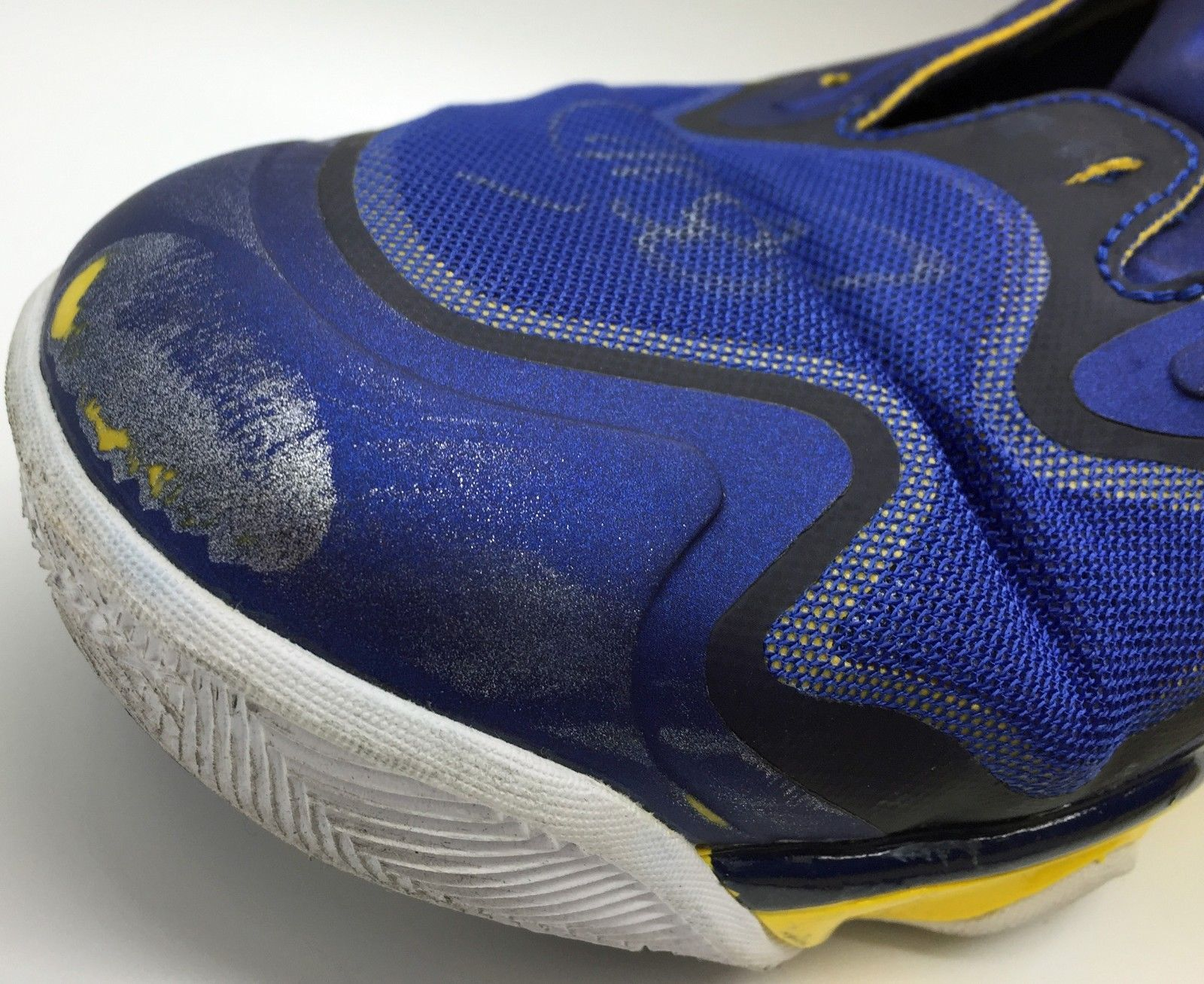a0cf3c8ebf127 ... 2015 NBA Champion   MVP Steph Curry Game Used   Signed 2013 Sneakers w   Photo ...
