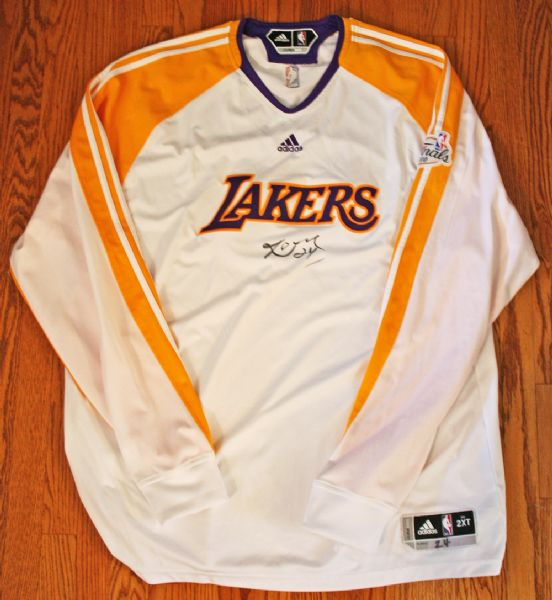 huge selection of 949d7 b9192 Lot Detail - 2010 Kobe Bryant NBA Finals Game Worn & Signed ...