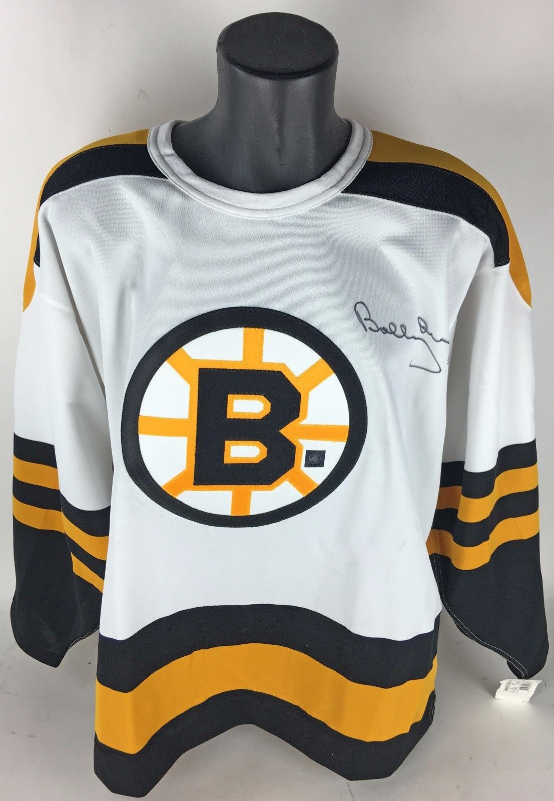 ab357d6ec Bobby Orr Signed Official CCM Boston Bruins Hockey Jersey (Great North Road  & PSA/ ...