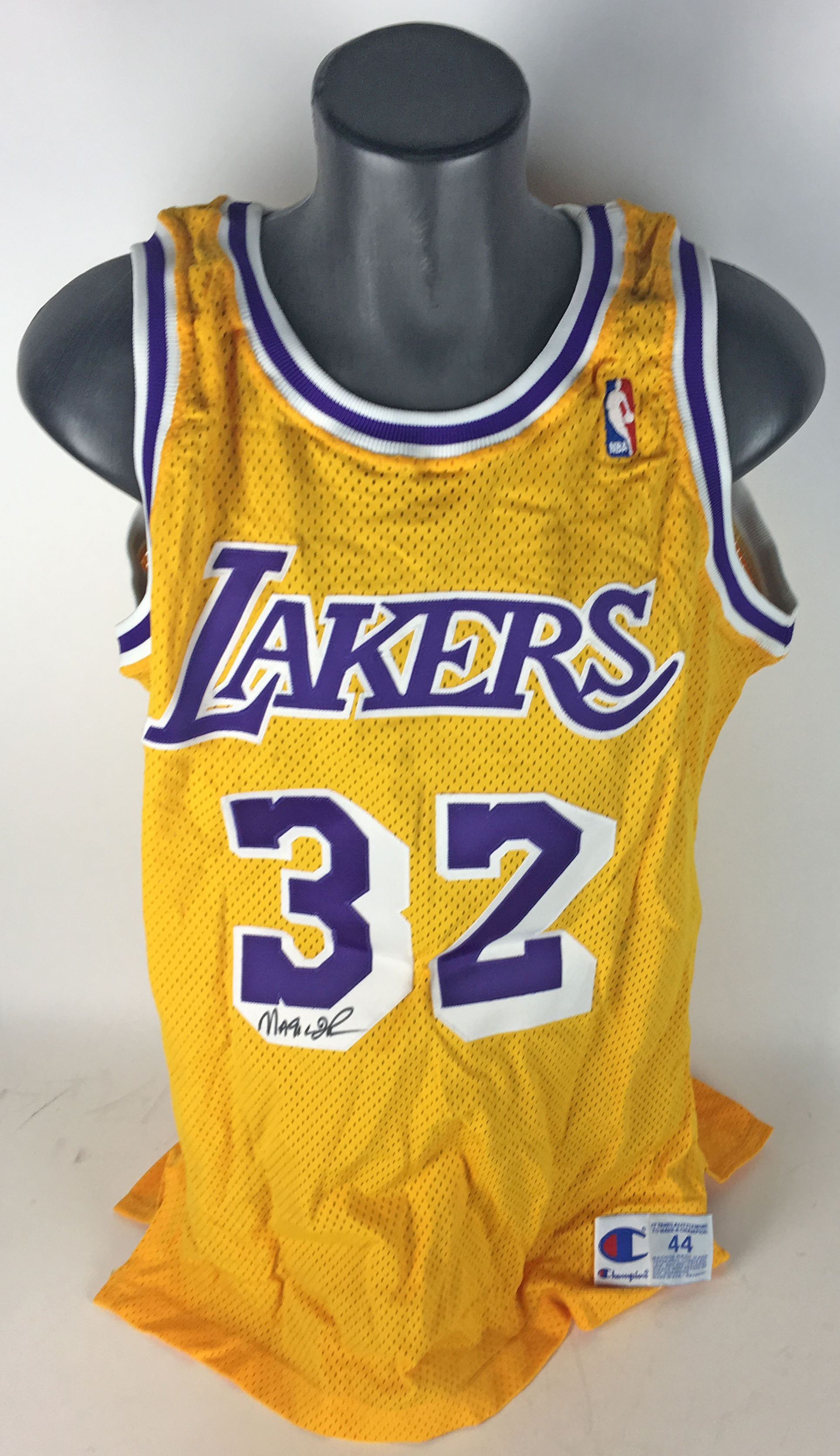 4a25eb3e080e Magic Johnson Signed   Game Used Worn 1990 91 Los Angeles Lakers Home  Jersey ...