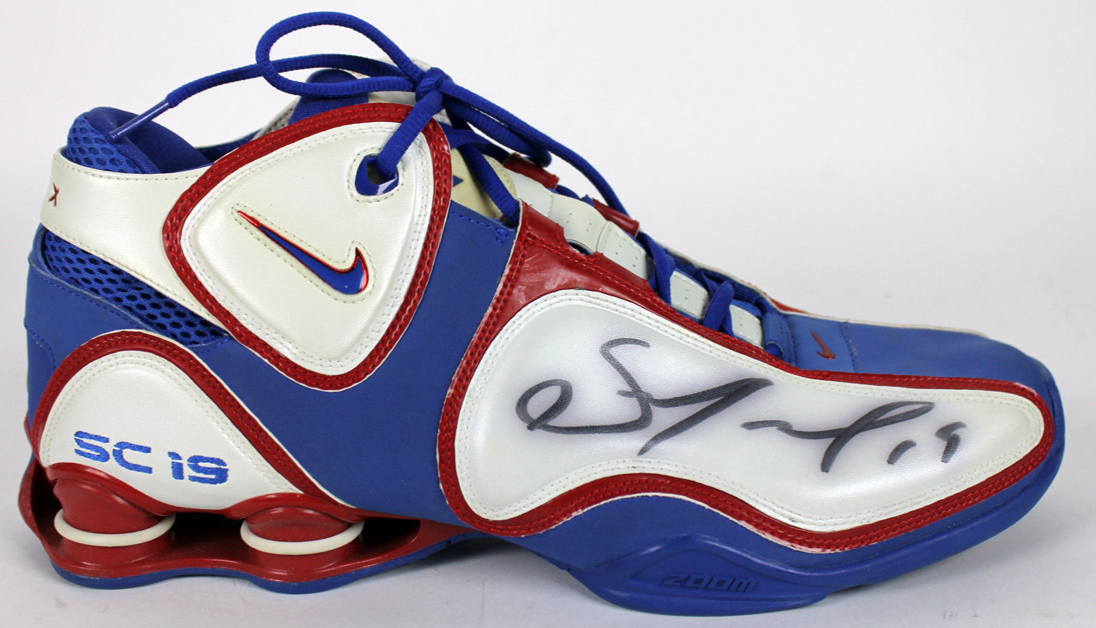 sports shoes b19ec 60c87 ... Sam Cassell Game Used   Signed Nike Shox Bounce Basketball Sneakers  (BAS Beckett) ...
