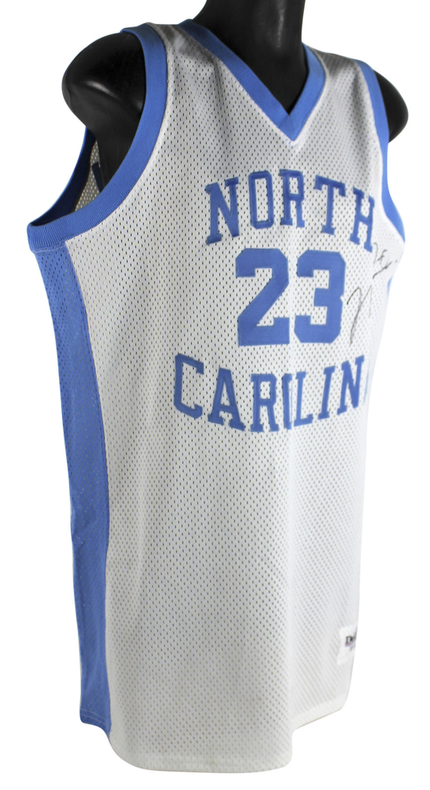 wholesale dealer d506e 60275 Lot Detail - Michael Jordan Signed North Carolina Tar Heels ...