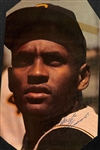 "Roberto Clemente Vintage Signed 7"" x 11"" Color Magazine Photograph (Beckett/BAS)"