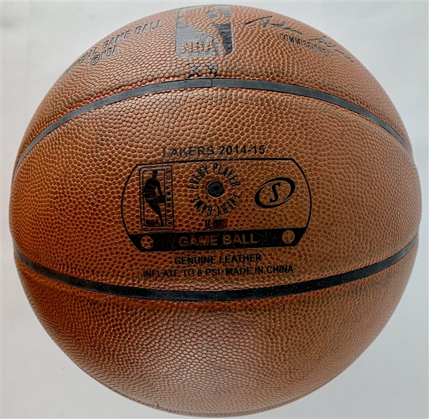 2014-15 Kobe Bryant Game Used & Signed Official NBA Los Angeles Lakers Game Model Basketball (Beckett/BAS Guaranteed)